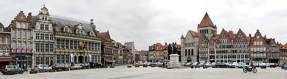 590px-Tournai_Gd_Place